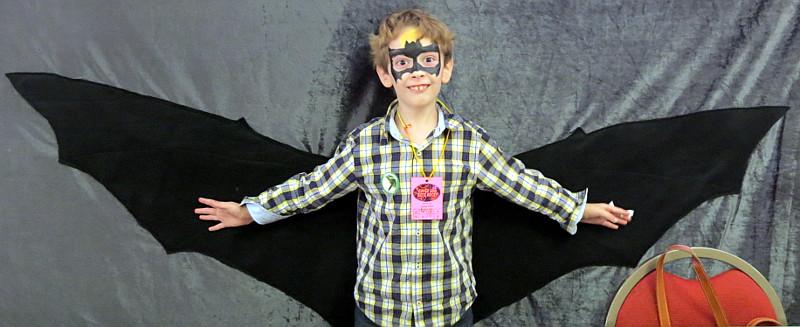 boy-bat-costume